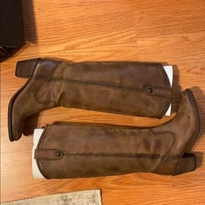 FRYE TALL BROWN JACKIE BUTTON BOOTS!!